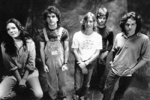 These aren't real Bohemians. This is, of course, Edie Brickell & New Bohemians. Which made me laugh. I don't know if I'll ever be quirky. I just know what I know.